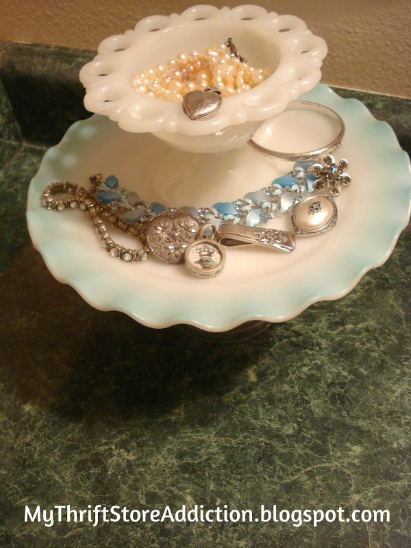 Vintage dishes for jewelry storage