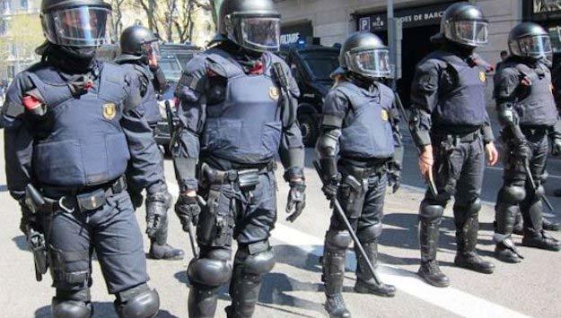 Antidisturbios de Canarias a Madrid ante posible asedio al Congreso