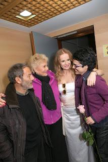 Η Μαρινέλλα, ο Σταύρος Ξαρχάκος, η Ηρώ Σαΐα και η Ευσταθία, στο Ίδρυμα Μιχάλη Κακογιάννη, τον Δεκέμβριο του 2014.