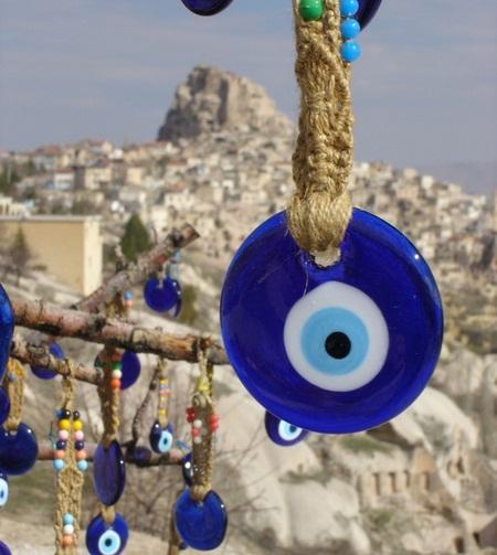 """Penemuan Cincin Penangkal """"Mata Jahat"""" Berusia 1800 Tahun Di Kroasia"""