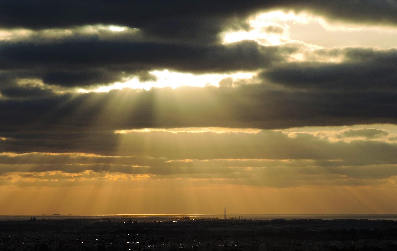Dun Giljan\'s Blog: Heavenly Sunrise