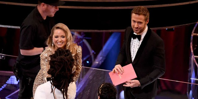 Ryan Gosling's Mystery Oscars Date Revealed: Who Did He Bring Instead Of Eva Mendes?