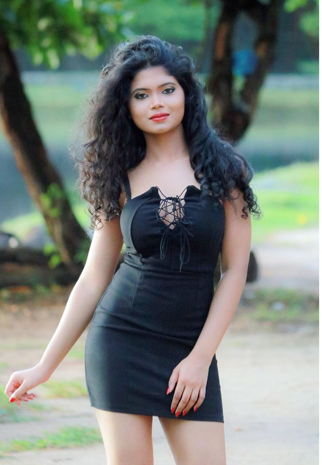 Beauty Girl in Sri Lanka Hasini Samuel Model | CeylonFace