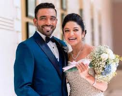 Robin Uthappa, Biography, Profile, Age, Biodata, Family , Wife, Son, Daughter, Father, Mother, Children, Marriage Photos.