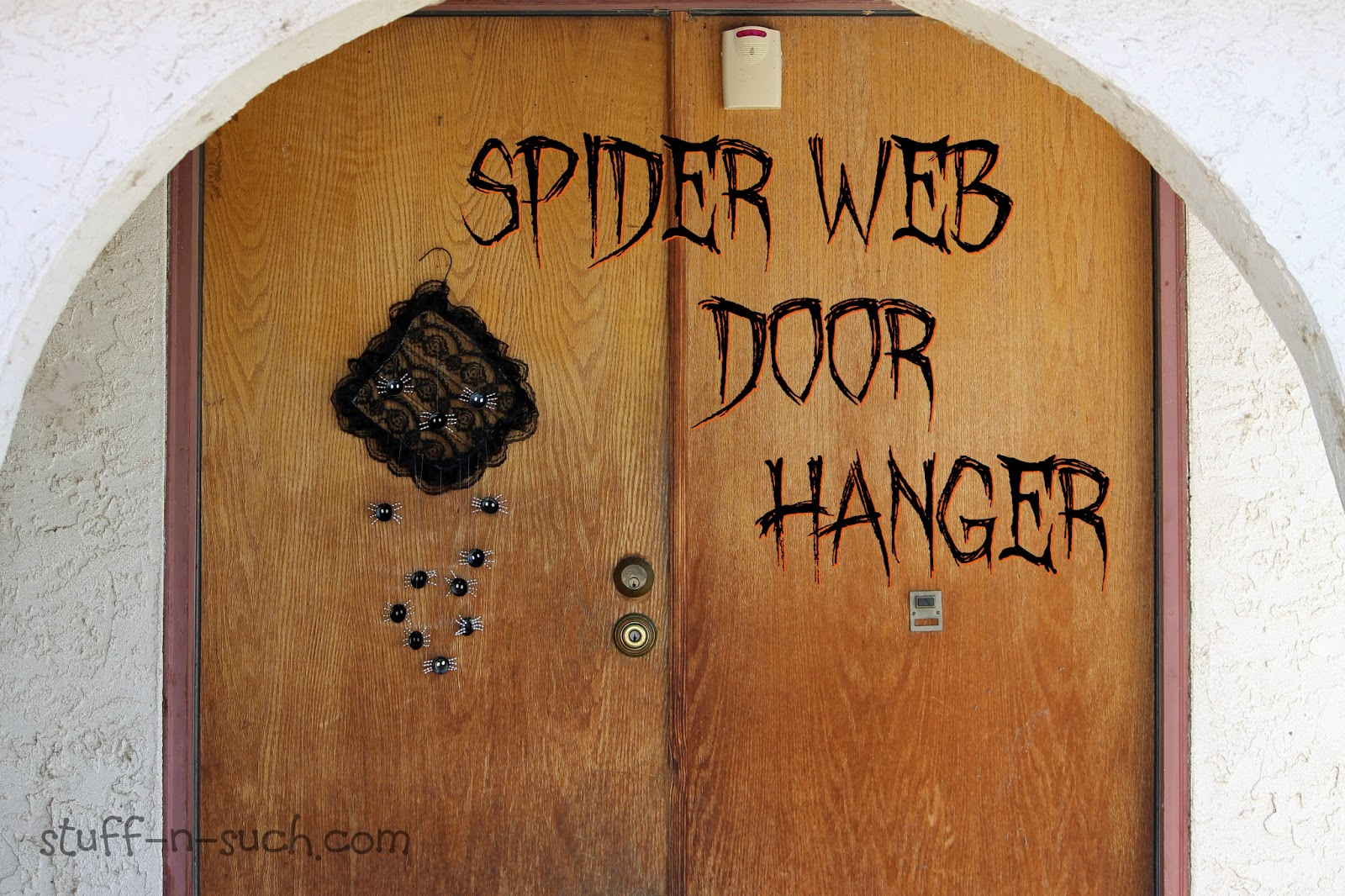 this edition is highlighting halloween and is co hosted by jen goode from the blog 100 directions