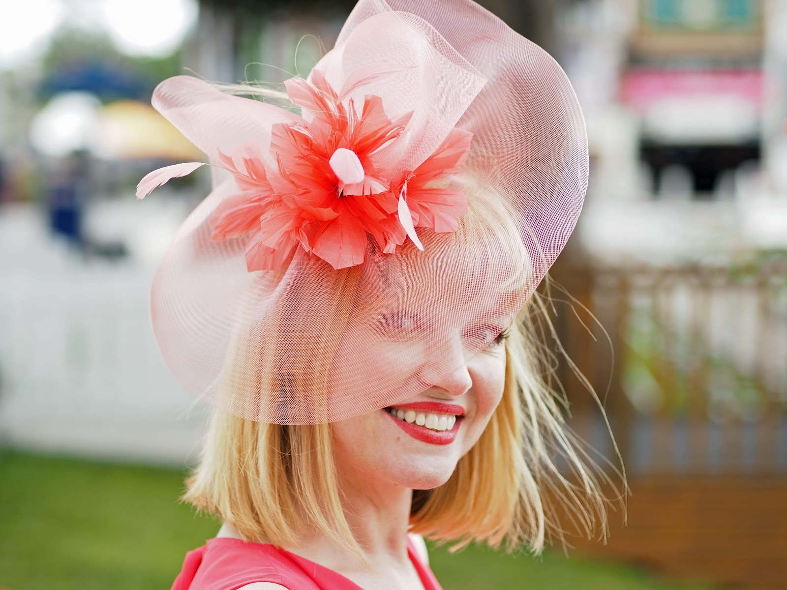 coral-fascinator-york-races
