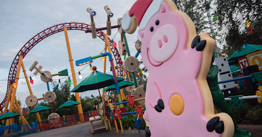 Holiday Decorations Starting to Appear at Toy Story Land — Including an Angel Kitty Ornament!
