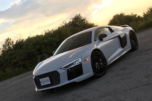Audi R8 Sport Car HD Wallpaper Download