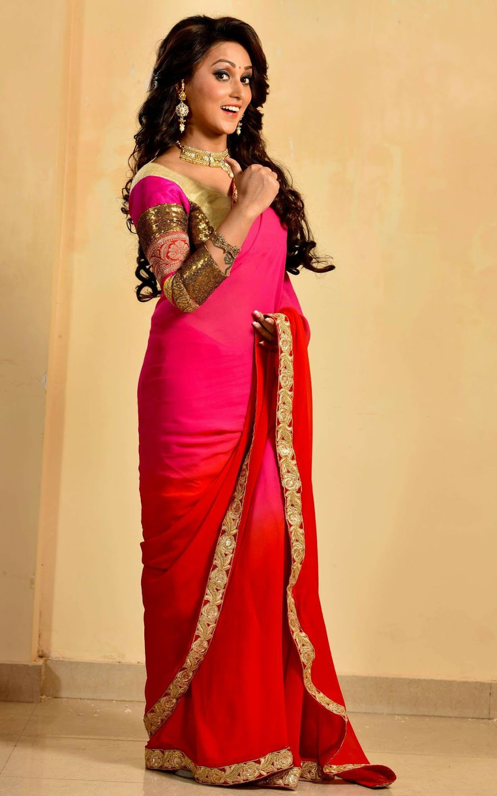 Mimi Chakraborty Best Photo Gallery - Filmnstars