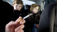 Πρόστιμο 1.500 ευρώ στους οδηγούς που καπνίζουν μέσα στο αυτοκίνητο με παιδιά