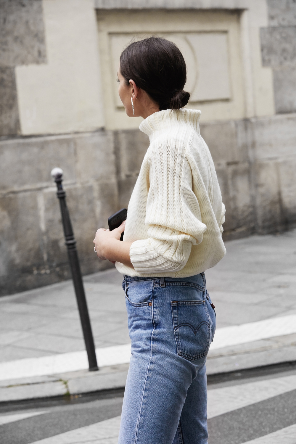 Australian Blogger Outfit — Harper & Harley's Sara Crampton in hoop earrings, turtleneck sweater, and Levi's jeans