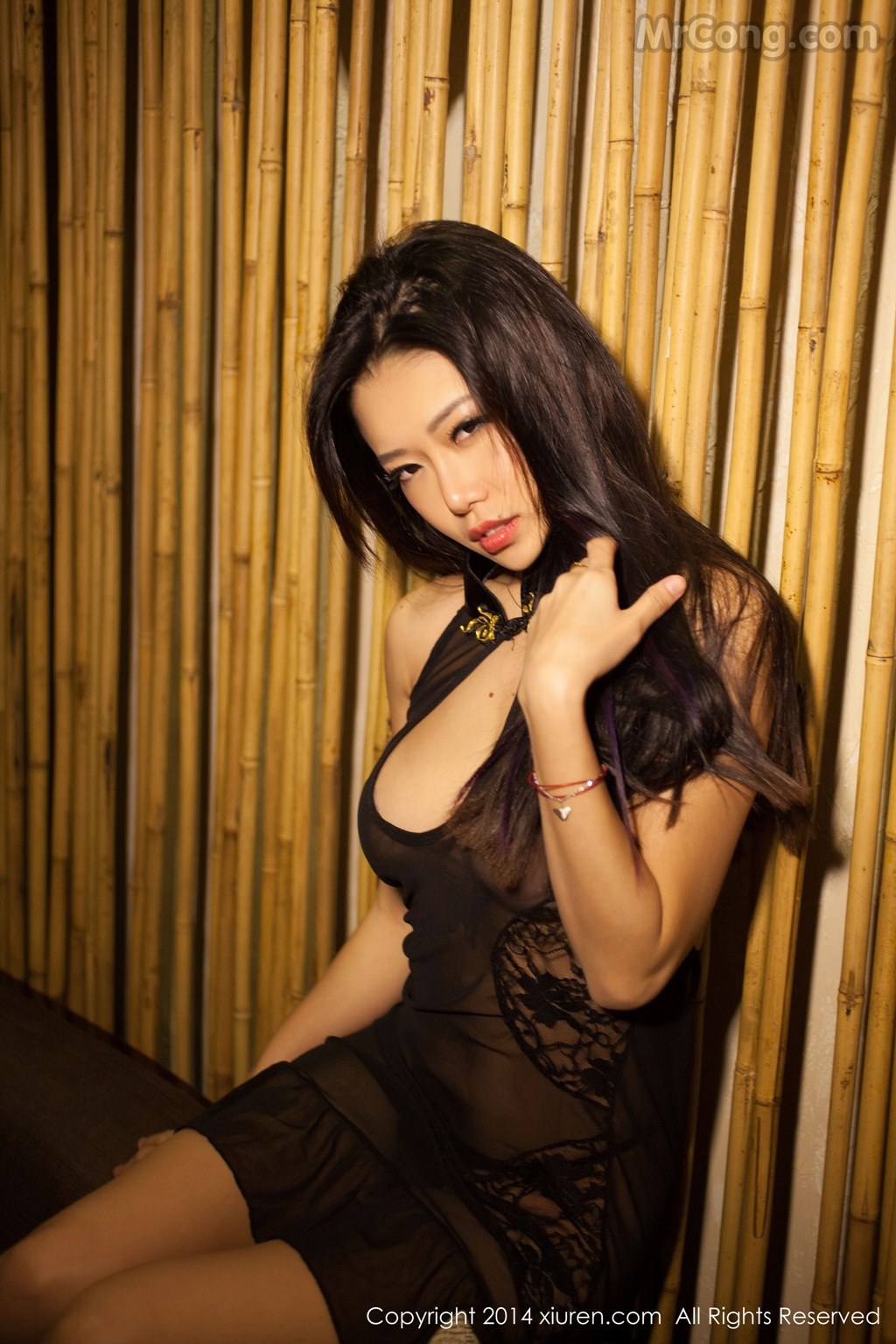 Image MrCong.com-XIUREN-No.147-Luvian-Ben-Neng-057 in post XIUREN No.147: Người mẫu Luvian (本能) (62 ảnh)