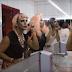"""O empoderamento das drags brasileiras em """"Em Cima do Salto"""", da Divina Raio-Laser"""