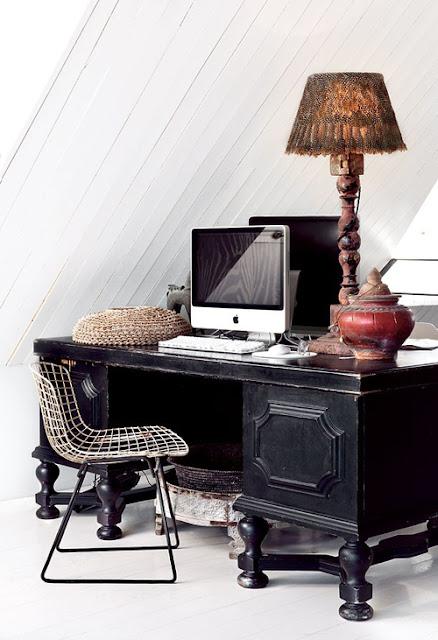Escrivaninha clássica