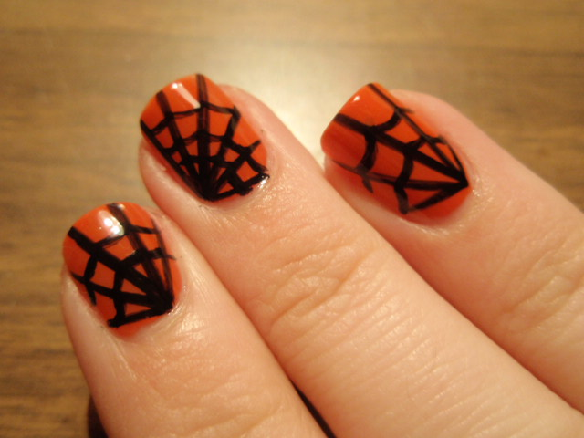 Lin's Lacquer: Halloween Spider Web Nails!