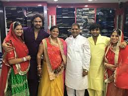 Arpit Ranka Family Wife Son Daughter Father Mother Age Height Biography Profile Wedding Photos