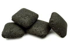 Je pense donc je cuis le charbon de bois savoir bien l - Briquette de charbon ...