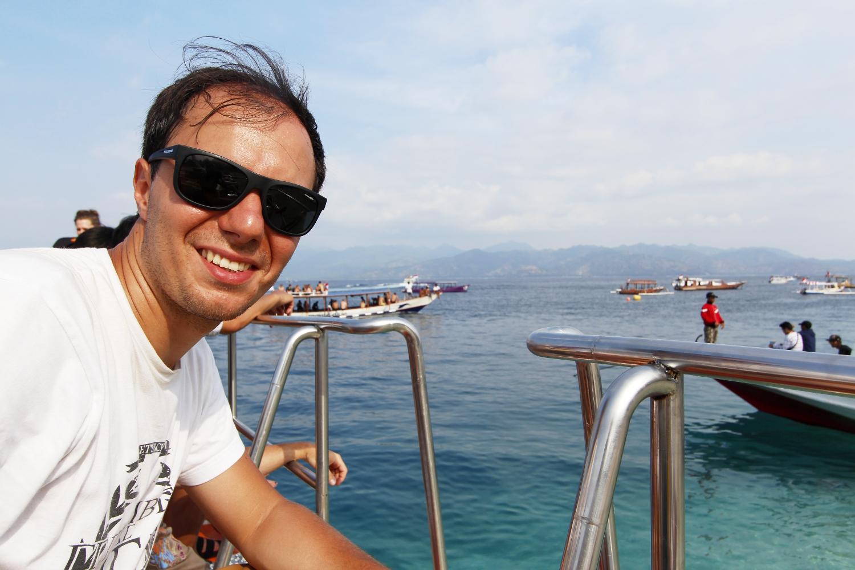 Alberto en el fastboat