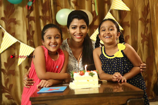 Sai Dhansika Starring Engamma Rani Tamil Movie Gallery  0001.jpg