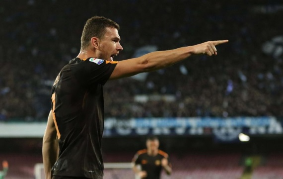 Edin Dzeko celebrating a goal for AS Roma