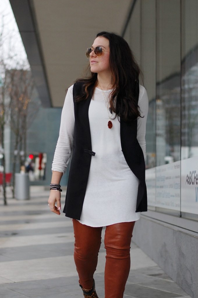 Helmut Lang vest and Oak + Fort tunic tee by Vancouver fashion blogger Aleesha Harris of Covet and Acquire.
