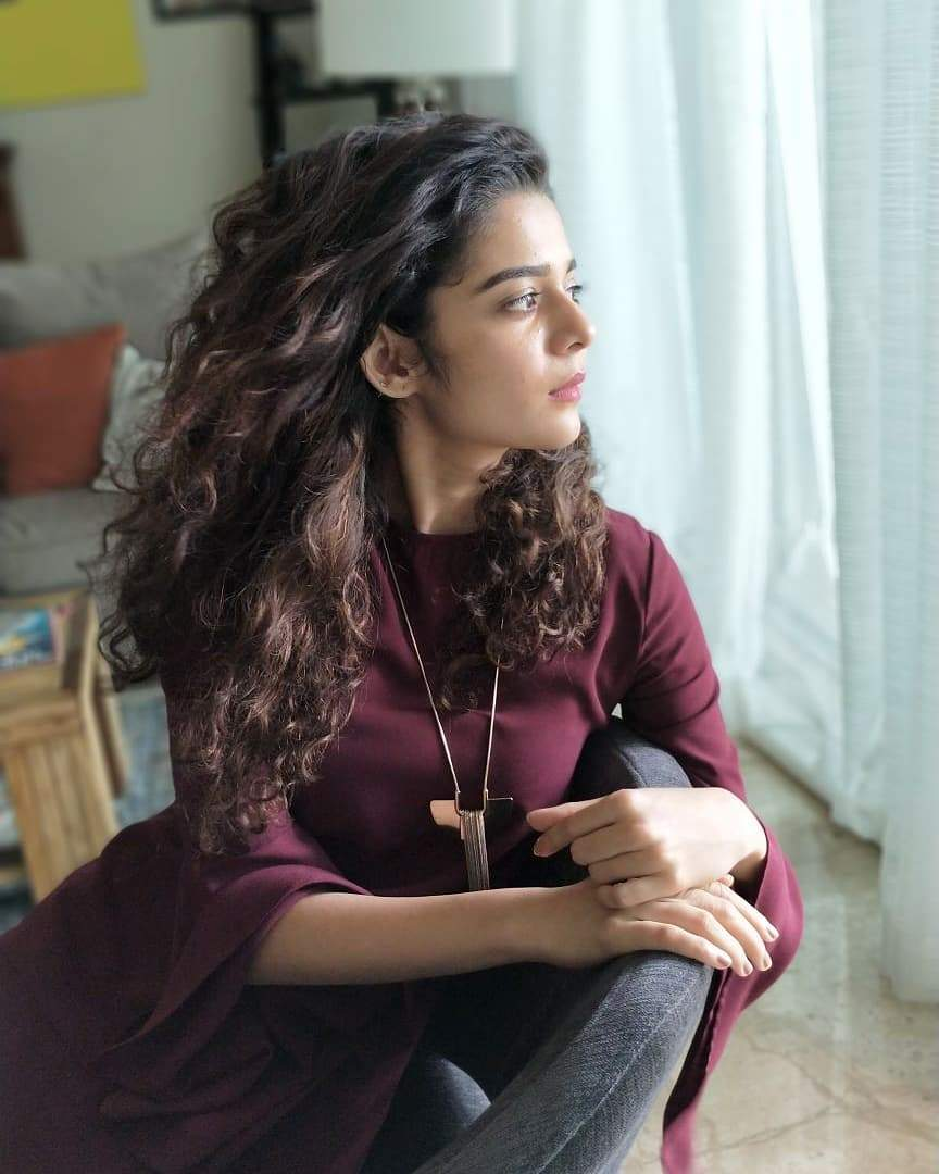 Youtube And Short Film Actress Mithila Palkar 27 Hd Photos-7416