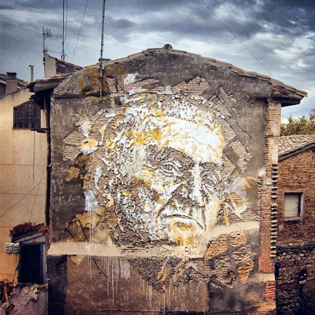Street Art By Vhils For Avant Garde Urban In Tudela, Spain. 3