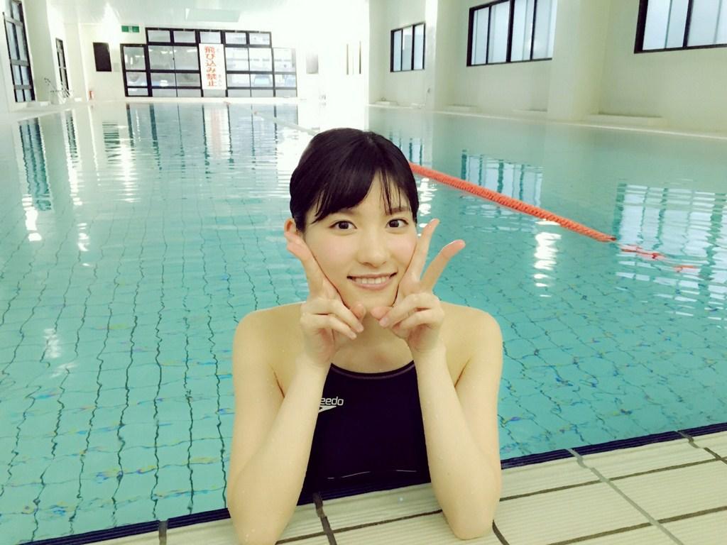 Taniguchi Megu 谷口めぐ AKB48, Weekly Playboy No.21 2016 Magazine Gravure