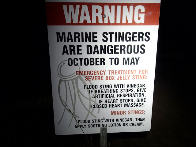 Marine stingers sign
