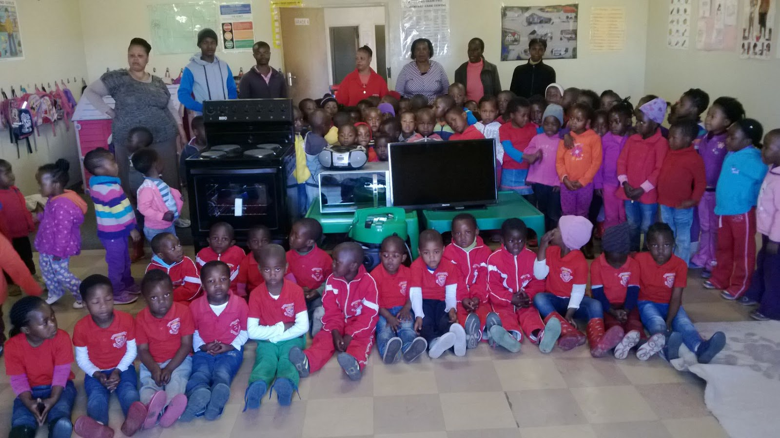 Hollywoodbets Kinross supported local Zamani Day Care Centre as part of the Hollywoodbets Social Responsibility Programme