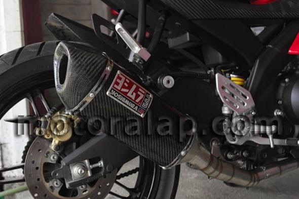 Yoshimura Custom Lokal Akrapovic Layang Carbon Emblem Yoshimura Yamaha YZF R15