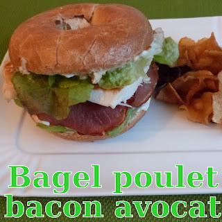 http://www.danslacuisinedhilary.blogspot.fr/2015/07/bagel-poulet-bacon-avocat.html