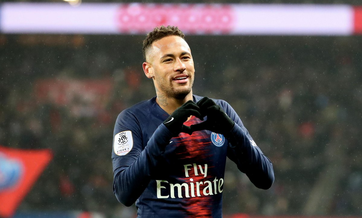 Neymar Ditemani Tim Medis PSG untuk Kepulangannya ke Brasil
