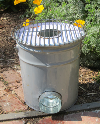 A Rocket Stove Made From A Five Gallon Metal Bucket Root Simple
