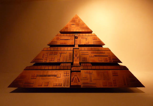 This Pyramid has the same design as the Baltic sea anomaly UFO
