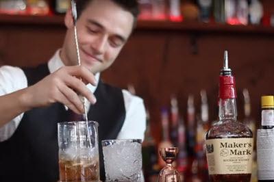 Bartender là linh hồn của quán bar