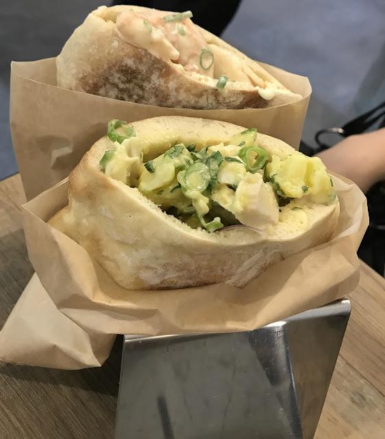 Miznon Melbourne, Melbourne, prawn pita, Tunisian pita