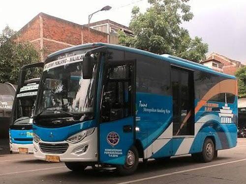 Bus DAMRI Leuwipanjang-Majalaya