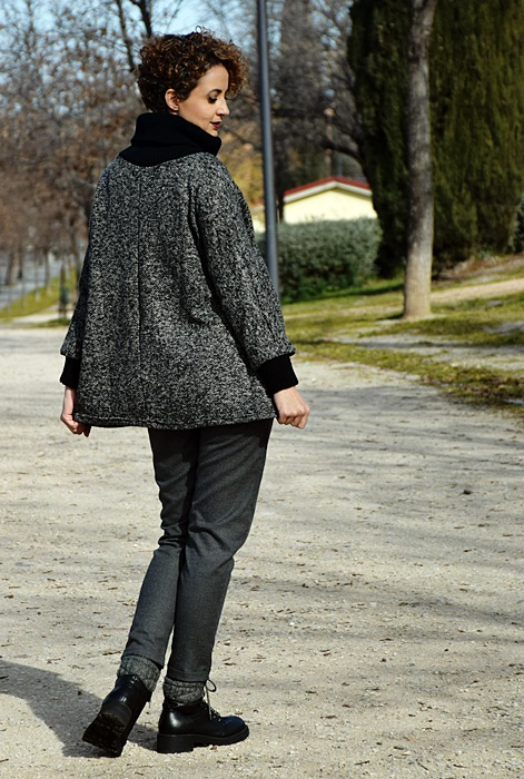 Outfit-Sudadera-Gris-shein-3