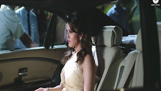 Sunny Leone Sitting Into Car In Bollywood Movie Beiimaan Love