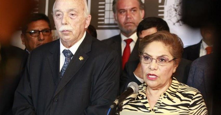 Congresitas presentan moción para interpelar a Ministra Educación Flor Pablo Medina, por el caso de contenidos inapropiados en texto escolares