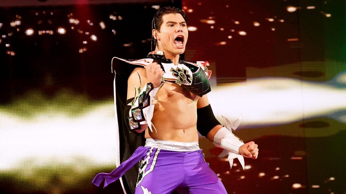 Humberto Carrillo faz seu retorno à WWE