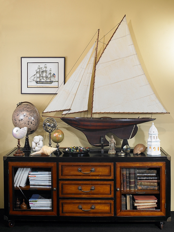 Maritime Decor: Combining Some Of The Nautical Decor Elements And Ship
