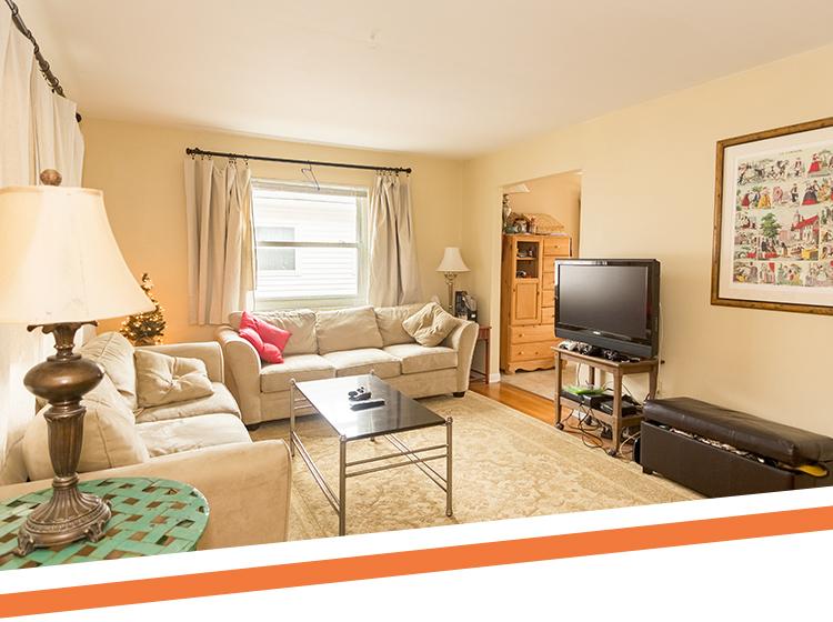 10 Apartment Hunting Tips (+ Free Printable Checklist!)
