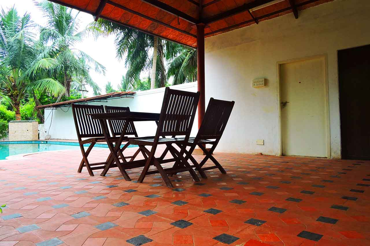 Farm House for 1 Day Rent in ECR