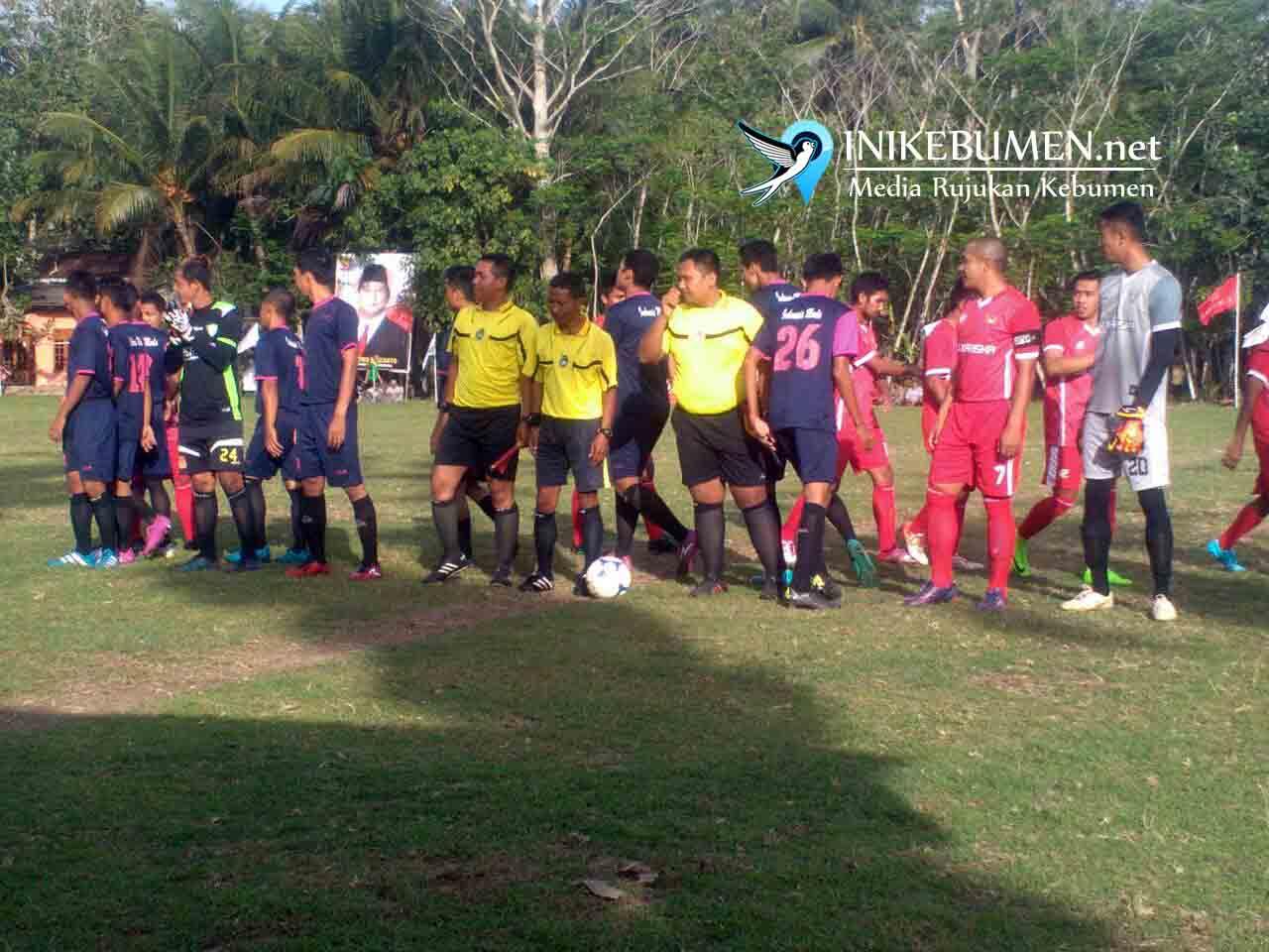 Sore ini, Fajar Muda FC Karangduwur Tantang Putra Waringin Sakti FC Buluspesantren di Laga Final Darori Cup 2017