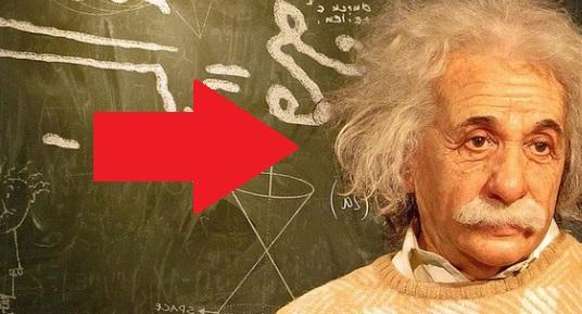 foto Hantu itu Benar ADA! Menurut Albert Einstein