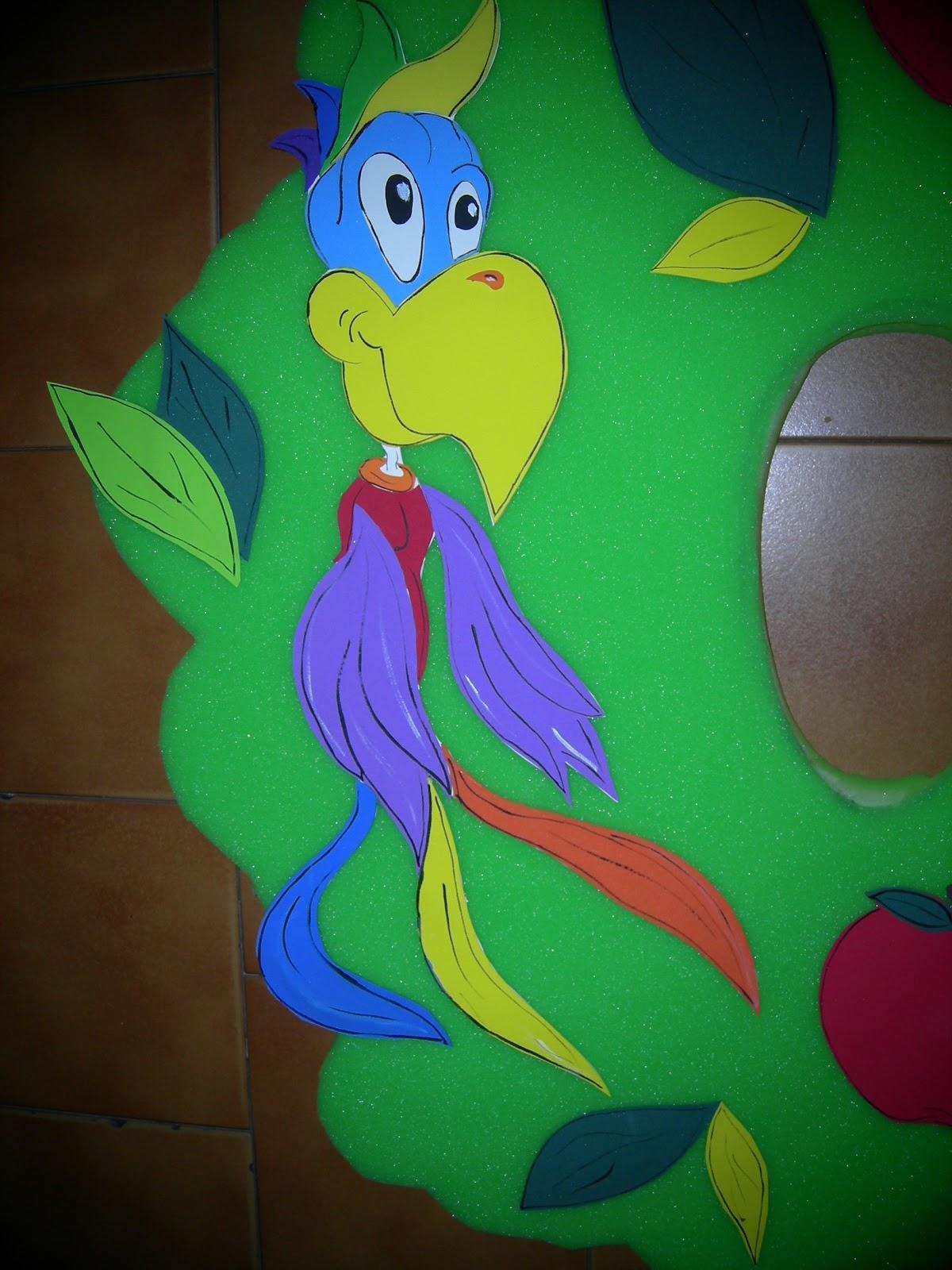 Arte Gabrielle DISFRAZ DE ARBOL  Realizado en goma espuma