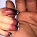 La mamá cree que su pequeño tiene otitis – pero los doctores entran en pánico al ver los dedos del bebé