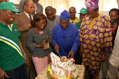Checkout the Interesting Cake, Ex-President Obasanjo got for His Birthday, he also says he doesn't know his real age (Photos)